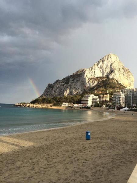 On the Calpe sea front with fantastic views along the coast to the Ifach Rock.